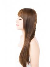 湿気による髪の広がり・パサつき・うねりを解消してくれる『hair&make CHUM 』の縮毛矯正ストレート★