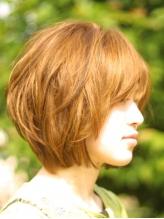 オーガニック植物エキスを中心に92%天然由来のヘアカラー◎カラー後も艶のある髪に♪