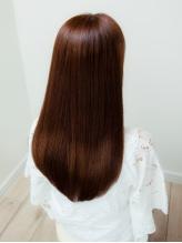 【リピート率90%以上】10段階の薬剤とダメージに合わせたオリジナル施術で自慢できる本格的サラ艶髪へ…。