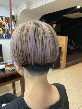 白髪を活かしたハイライト刈り上げボブスタイル【延山styling】