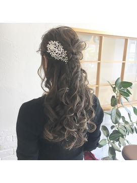 LiLy hair design ~ ハーフアップ