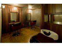 プライベート空間の個室はプラス1,080円でご利用頂けます♪