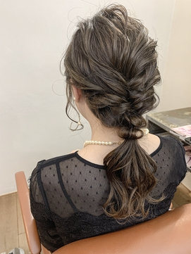 結婚式にお呼ばれ編み下ろしヘアセット