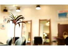 ヘアスタジオ クー(Hair Studio XYY)