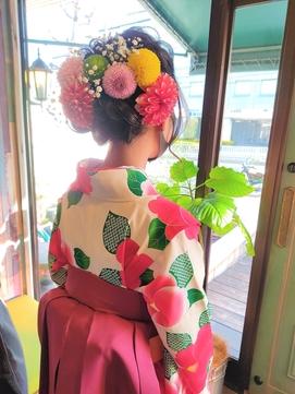 小学生の袴 生花でかわいく