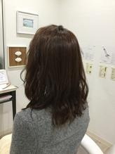 根元ふんわり♪透明感ピンクカラーのミディアムヘア.29