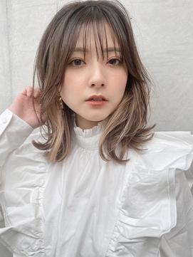 くびれヘア/ミディアム/インナーカラー/ミルクティーベージュ