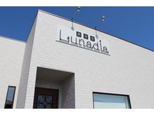 ルナディア(Lunadia)