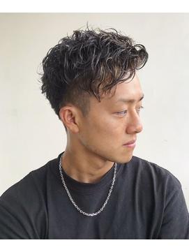 横浜メンズスパイラルパーマツーブロックショートレイヤー 短髪