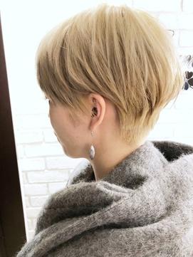 ミヤザキスタイル  金髪マッシュのベリーショート