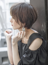 ひし形シルエットの耳かけショート【neaf 犬塚優介】.50