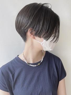 【morio 原宿】黒髪ハンサムショート 刈り上げ ハイライト