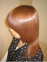 もう悩まない!高い技術力と丁寧なカウンセリング力で、髪がどんどん美しくなっていくのが実感できます★
