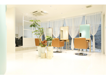 ビューティトリートメントサロン コンフォルタ(Beauty treatment salon ComfortA)(東京都港区/美容室)