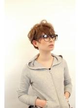 メガネにあわせやすいショート天神美容院川野直人 .32