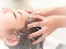 大人女性に大人気!『オゾンスパ』で健康的で美しい髪へ☆美しい髪作りは頭皮から!他の頭皮ケアMenuも豊富