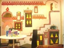 オーナーの本田さんと常連のお客さんで書いた可愛い壁の絵。
