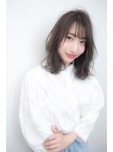 錦糸町発グレージュ&ひし形シルエットのエアリースタイル.33