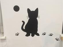 壁には可愛い子猫ちゃんが・・・。
