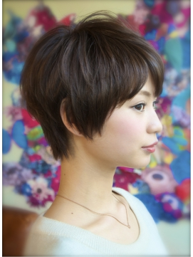 【DECO】大人可愛いクセ毛風×斜めバングナチュラルショート