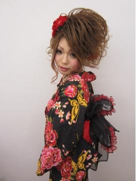 スジ盛り☆アップの浴衣スタイル