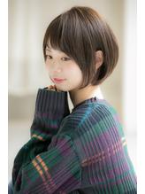 【Euphoria銀座本店】サイドシルエットで決まるショートボブ☆ フェミニン.56