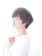 秋冬 透明感のある暗髪ショート 秋.34