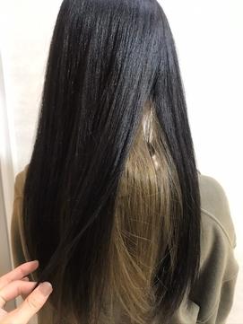 インナーカラー_エアリーミディ 黒髪 ホワイトアッシュ