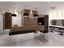 白を基調とした上質な空間で、贅沢気分が味わえる。