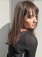 【SUN】厚めバングフェザーロング.44