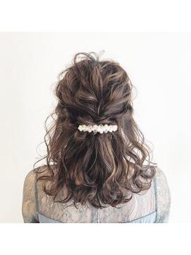 結婚式 お呼ばれヘア ハーフアップ