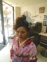 卒業式クルクルモリモリアップ 盛り髪.28