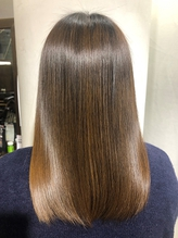 福岡で【ワンランク上の髪質改善】が体験できるのはココだけ!1ヶ月以上の持続力も話題に♪