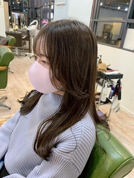 〈藤間〉韓国風顔まわりレイヤーカット