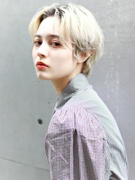 【La fith】 パールホワイトベージュ×前髪なしショート