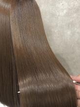 気候や天気に左右される髪から卒業!【rico-hair】なら乾燥/クセ/広がりなど髪の状態にあった施術で満足度◎