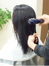 [全クーポンヘアエステ込]髪と頭皮をすっぴんにし,深部まで水分を入れ込み健やかな美髪へと導くSpecialケア