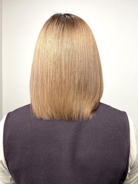 カラーを繰り返しても当店の髪質改善トリートメントは艶輝く♪