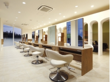 HAIR & MAKE EARTH 熊本嘉島店