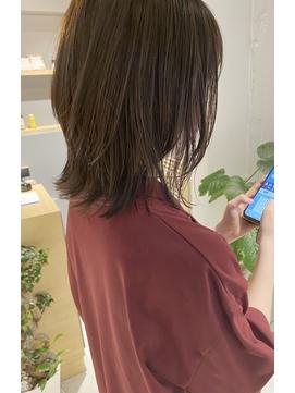 【三ツ井純】ウルフボブ レイヤーカット レイヤーボブ アッシュ