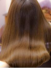 ダメージ毛でも諦めないで!【髪質再生ヒアロフッ素5stepトリートメント】で髪質改善!内部から徹底ケア♪