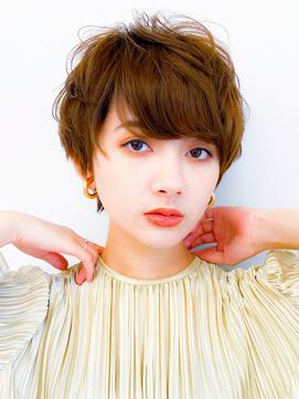 ショートパーマ/ボブルフ/小顔/黒髪ベ-ジュ/エアリ-ミディ/前髪