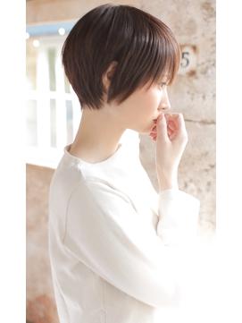 【+~ing 】小顔 丸みショート イルミナ3Dカラー【柳沼くるみ】