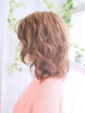 ミックスカールのモテ髪スタイル