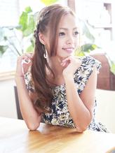 まるで海外セレブ☆安定の編み込みアレンジスタイル♪ カチューム.56