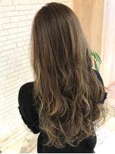 【D&T hair 大手町店】デザインカラー・ハイライト・ローライト まとめ髪.42