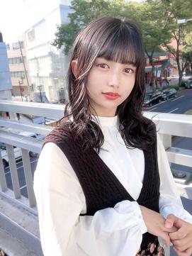 【丸山style】小顔シースルーバング×ゆる巻き王道モテヘア