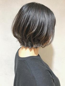 【emis】透明感カラー ブルージュ 暗髪 レイヤーボブ 前下がり