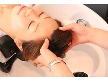 炭酸泉を使用したヘッドスパで髪・頭皮・心の癒しを・・・