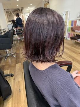 【303 HAIR AND TREATMENT】ピンクベージュ×外ハネ